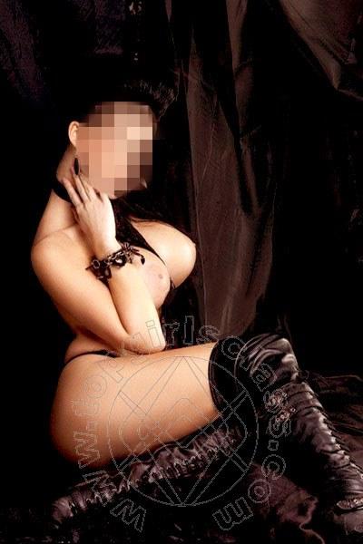 Samanta Hot  VERONA 3404671803